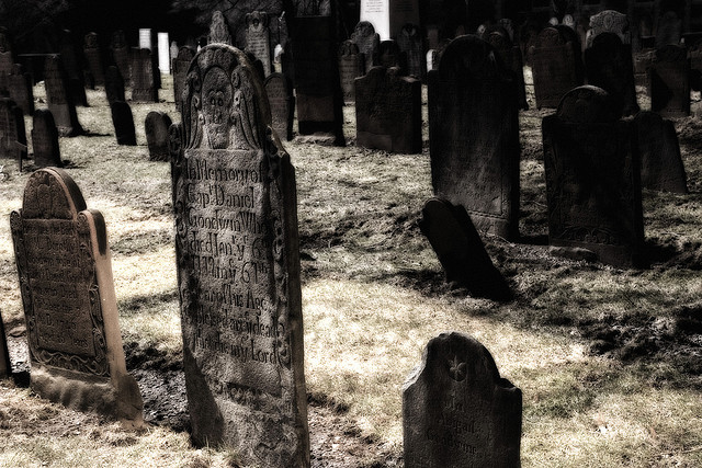 scary graves