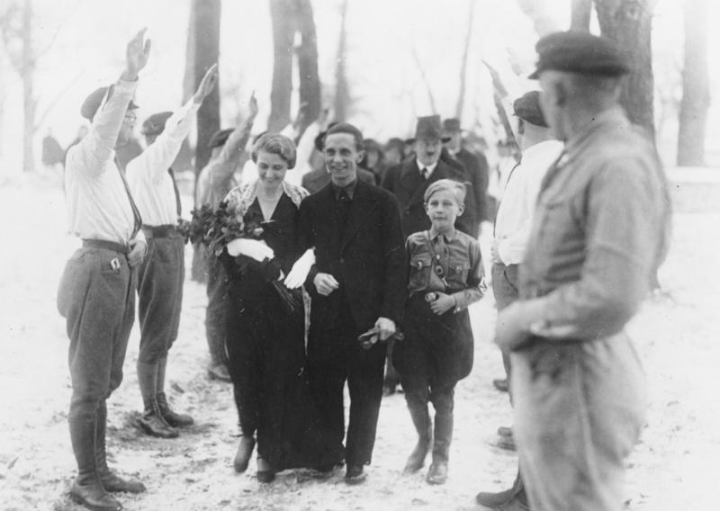 goebbels marries 1931