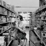 Daily History Picture: Audrey Shopping with Friend