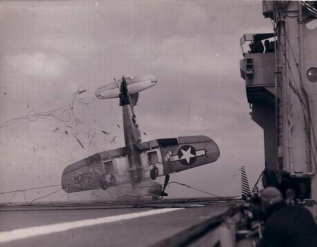 us aircraft carrier landing gone wrong ww2