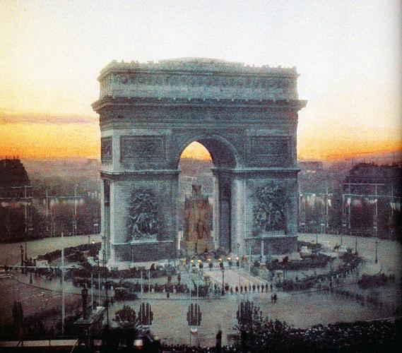 victory celebration at the arc de triomphe 14 july 1919