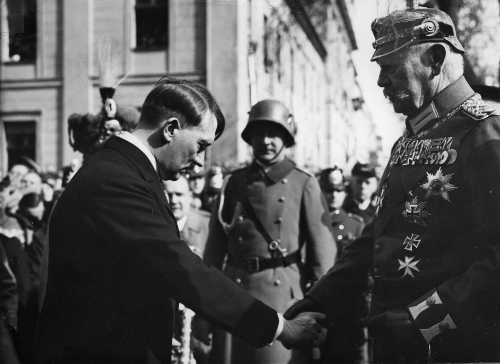 hitler with hindenburg