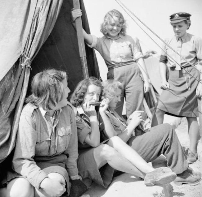 luftwaffe women under british control