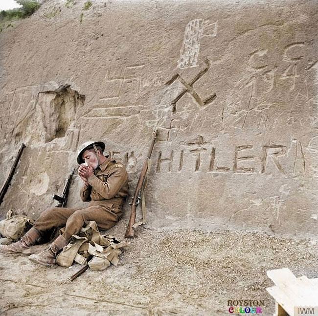 allied-soldier-in-libya-jan-1943-tripoli