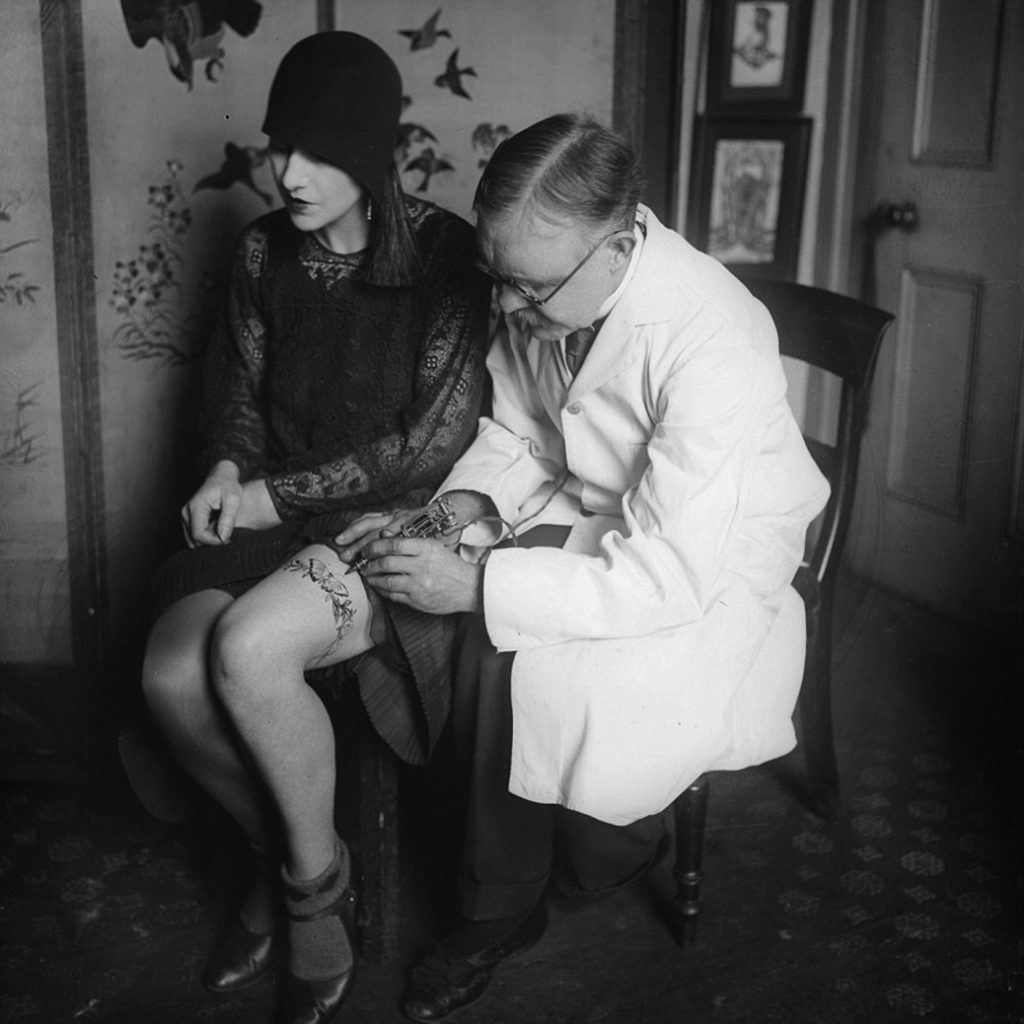 Daily History Picture:  Tattooing Flappers