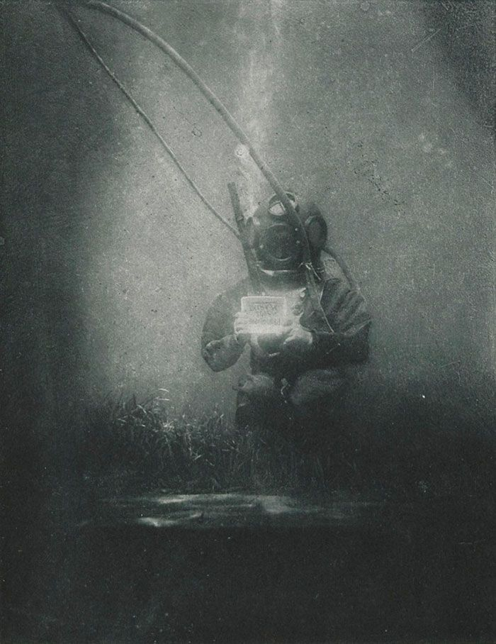 Daily History Picture: Early Underwater Photograph