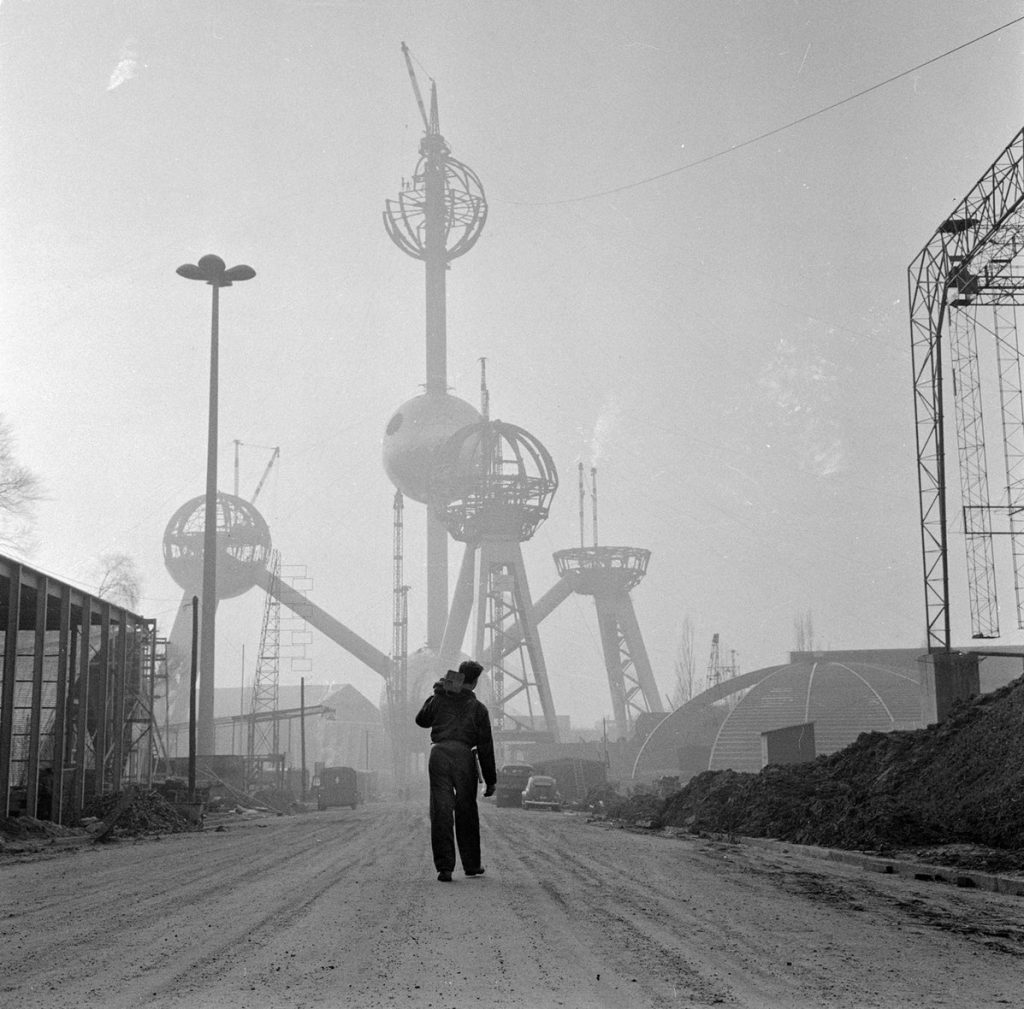 Daily History Picture: Atomium Under Construction