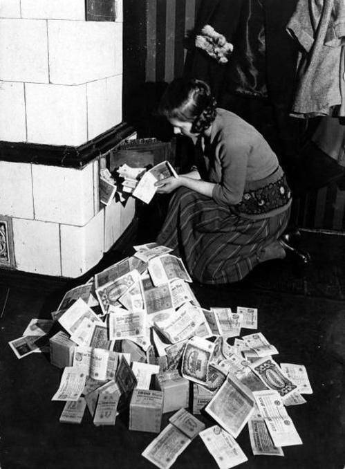 Daily History Picture: Burning Money